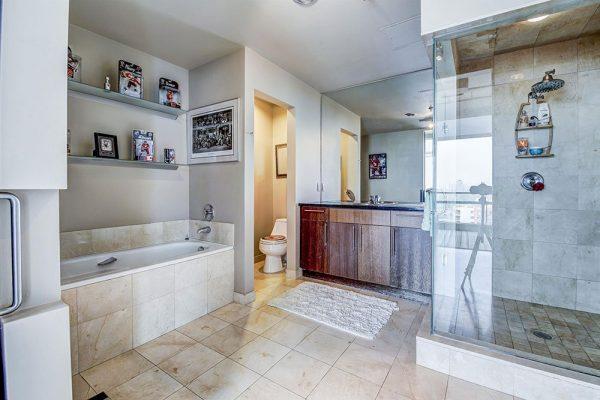 Bathroom_1000